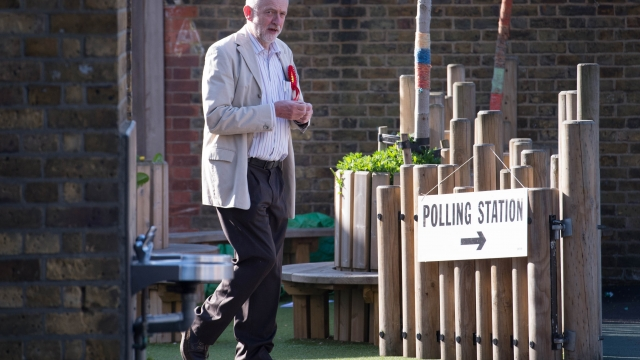 Jeremy Corbyn arrives to cast his vote at a polling station in his Islington constituency. (Photo: PA)