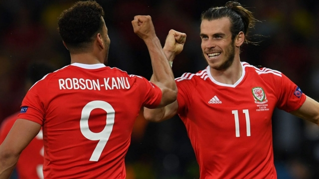 Wales' forward Hal Robson-Kanu and Gareth Bale