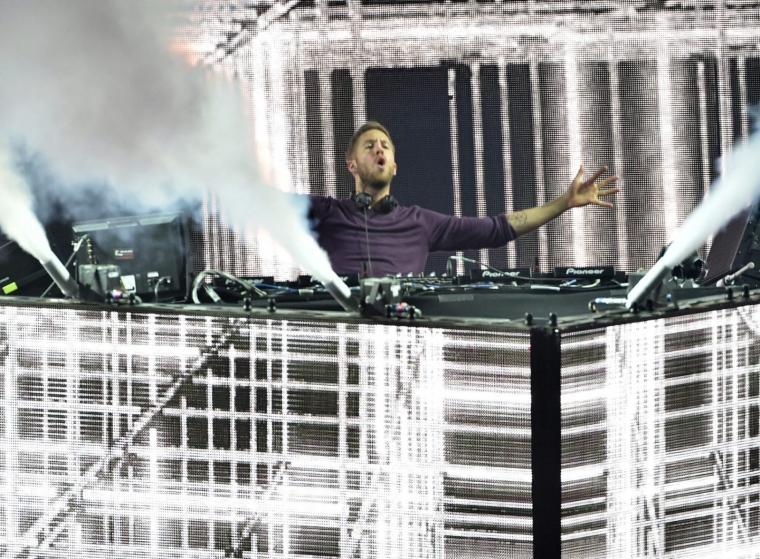 Calvin Harris performing at Coachella (Photo: Kevin Winter/Getty/Coachella)
