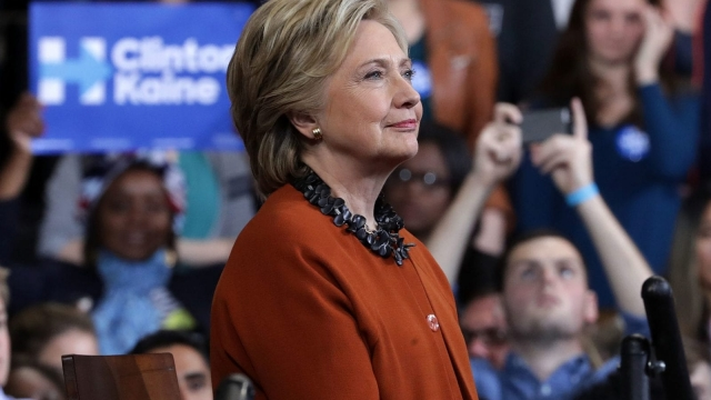 Democratic presidential candidate Hillary Clinton is narrowly ahead in the polls by five points (Photo: Getty Images)