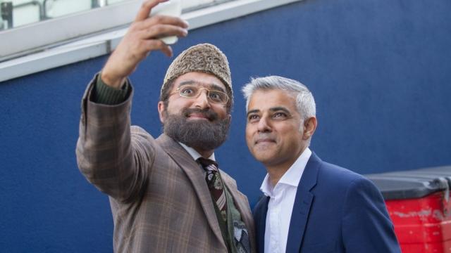 Mr Khan meets Sadiq Khan (Photo: BBC)