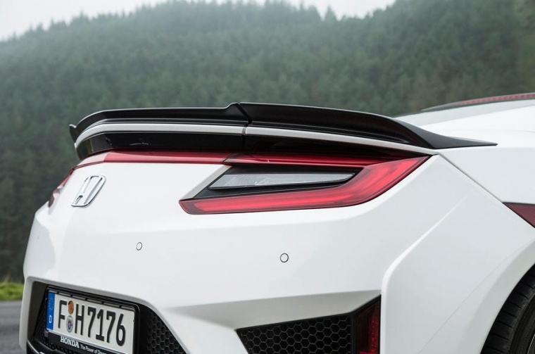 honda-nsx-rear-lights