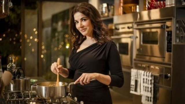 Nigella Lawson finds cooking relaxing