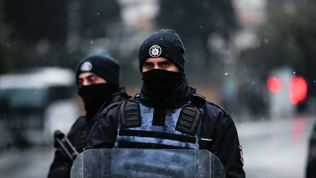 Police guard the area near the Reina nightclub in Istanbul. (Photo: Getty Images)