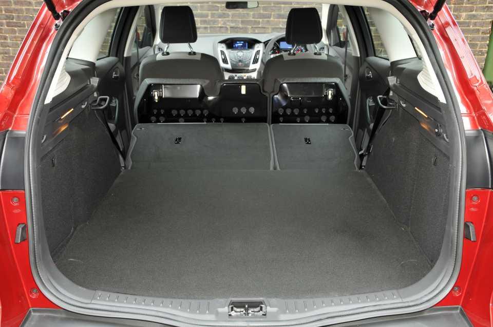 Ford Focus Estate boot