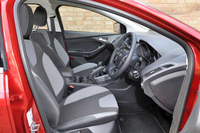 Ford Focus Estate interior
