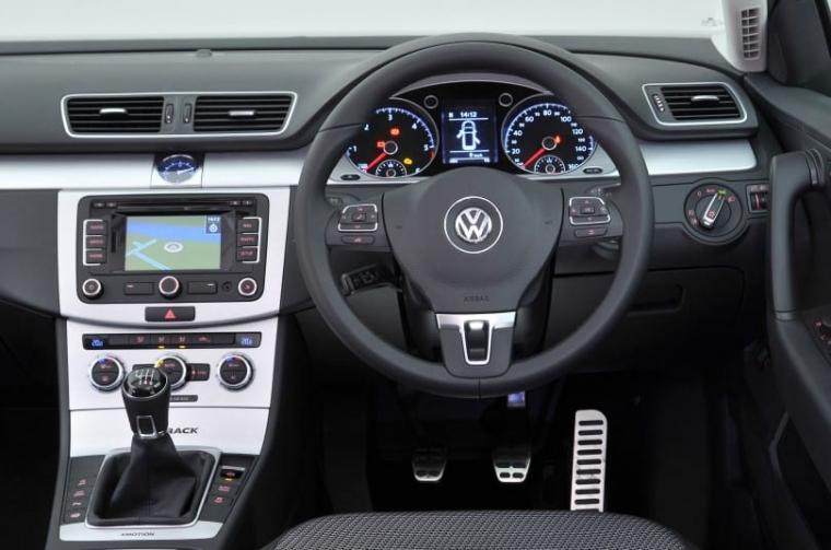 VW Passat Alltrack interior