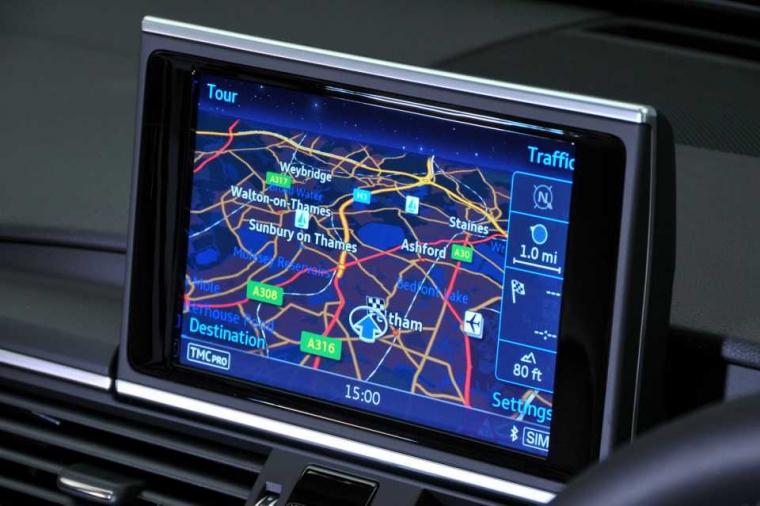 Audi A6 Avant media
