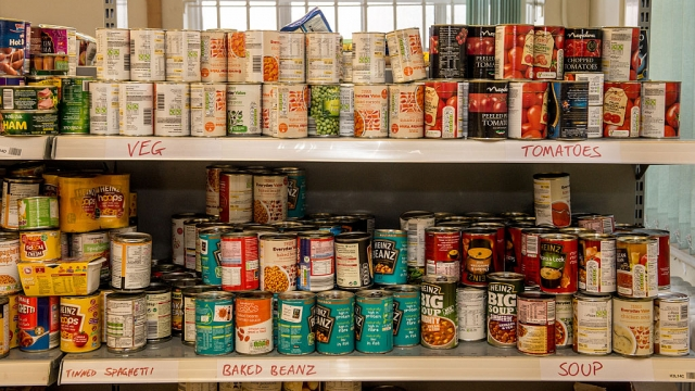 Foodbanks have reported record demand because of problems with Universal Credit (Photo: Richard Stonehouse/Getty Images)
