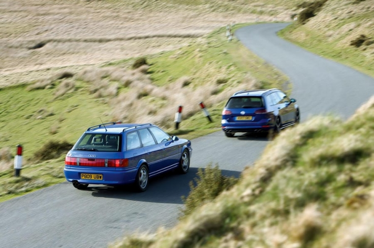 Audi RS2 v VW Golf R
