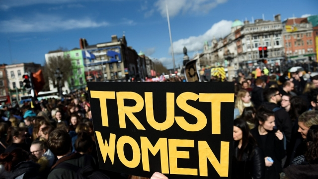 Dr Coral Jones, who presented the motion, said doctors must have trust in women to make decisions for themselves and their families.