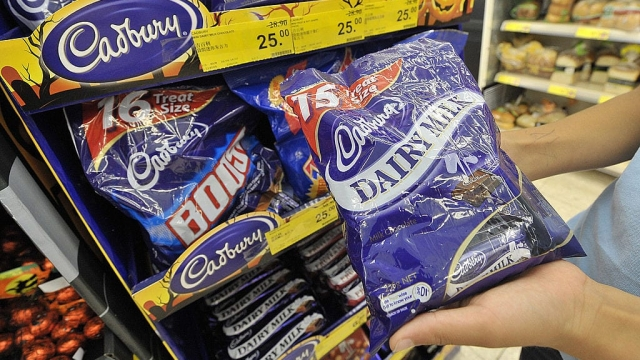 The Obesity Health Alliance also wants less free-standing display units with sweets or chocolate ((MIKE CLARKE/AFP/Getty Images)