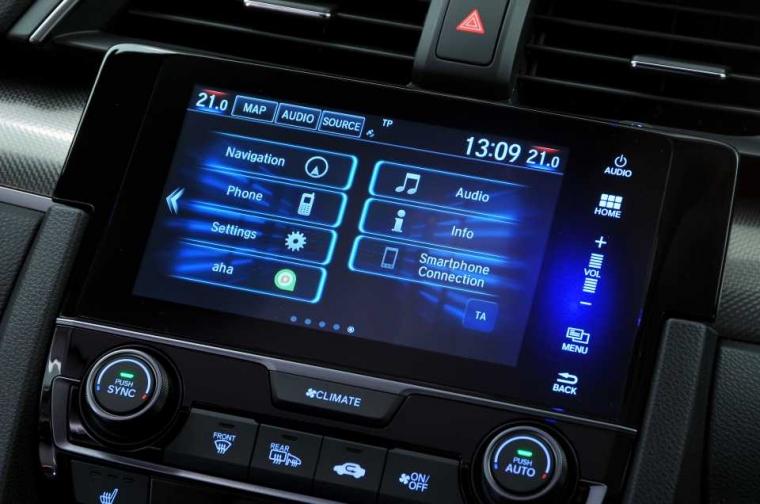 Honda Civic infotainment