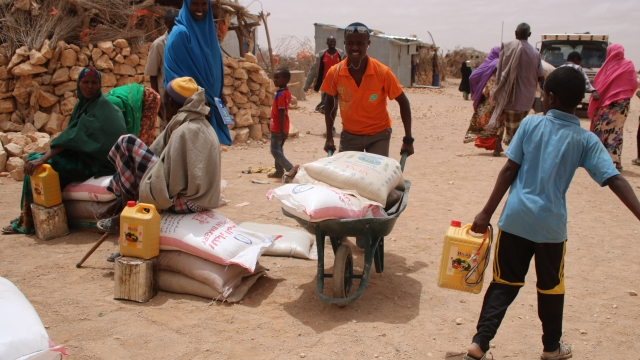 Aid distribution in the Somaliland village of Dhabarmamac