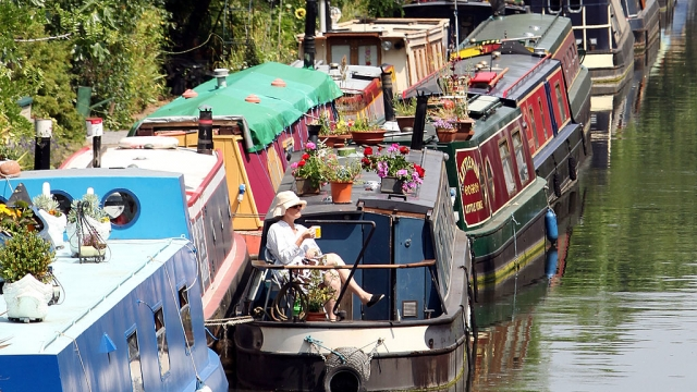 A house boat can appear an attractive option for people struggling to cope with spiralling house prices and rental costs - but the lifestyle can be extremely challenging (Photo: Dan Kitwood/Getty Images)