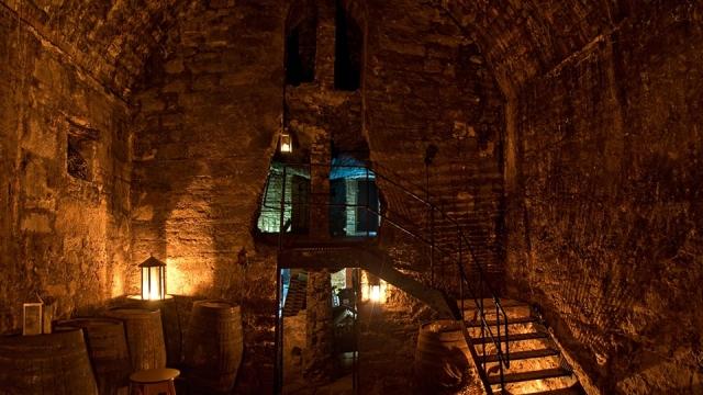 ghost tour guide edinburgh