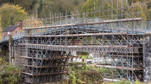 Scaffolding on Iron Bridge, one of the wonders of the modern world. (Photo: English Heritage)