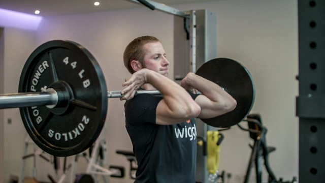Jason Kenny demonstrates his 'gold medal workout' with Wiggle