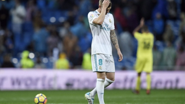 Real Madrid midfielder Toni Kroos cut a forlorn figure following his side's 1-0 loss to Villarreal (Getty Images)