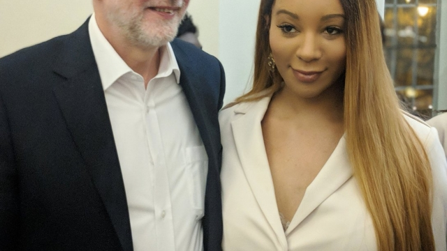 Munroe Bergdorf with Labour leader Jeremy Corbyn (Photo: Munroe Bergdorf/Twitter)