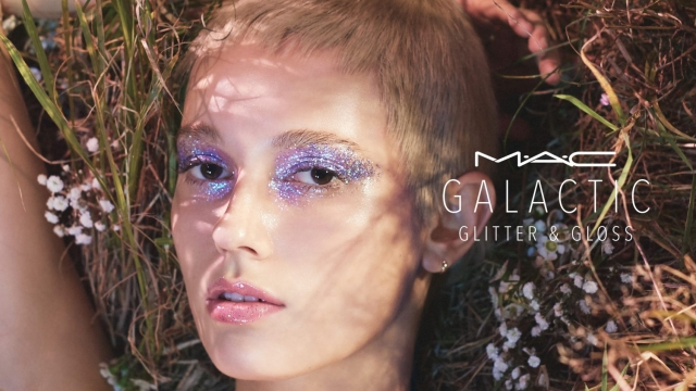MAC Cosmetics glitter can be used all over the body