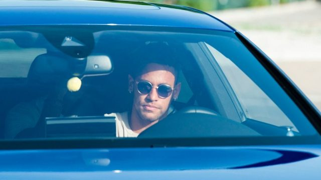 Neymar would be breaking the law if he drove in sunglasses in the UK (Photo: Getty)
