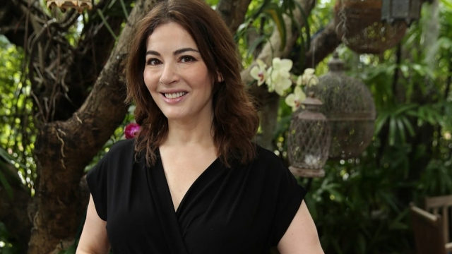 Nigella Lawson S Portrait One Of Many Replacing Pictures Of Men At Oxford College