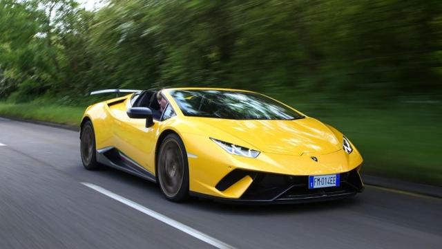 Lamborghini Huracan Performante Spyder review