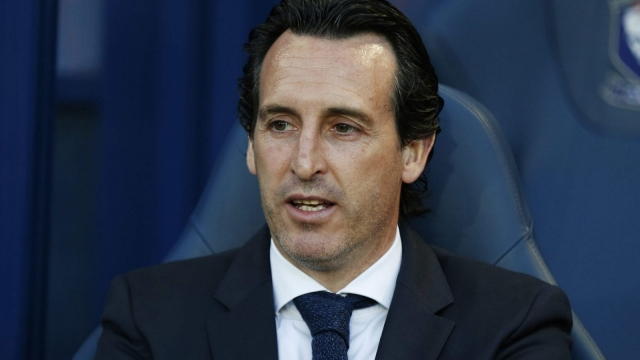 Unai Emery is unlikely to tolerate passengers if appointed as Arsenal manager.