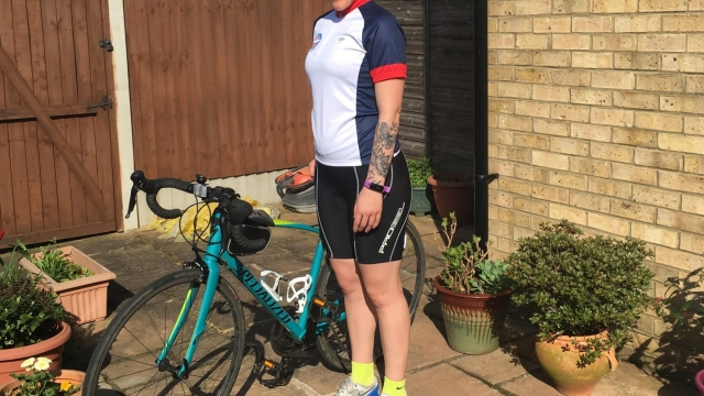 Lauren, 34, says exercising has helped her deal with her bipolar symptoms and make new friends