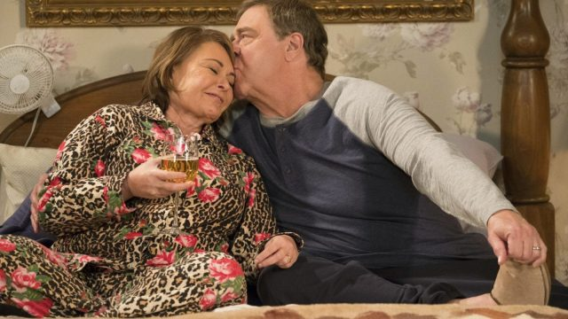 Roseanne Barr and John Goodman in Roseanne (Photo: ABC)