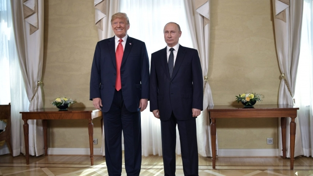 Article thumbnail: US President Donald Trump and Russia's President Vladimir Putin pose ahead a meeting in Helsinki, on 16 July 2018. Trump has reportedly invited Putin to Washington in the Autumn. (AFP/Getty Images)