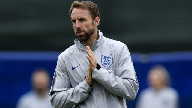 Gareth Southgate and England have reportedly switched out handshakes for fistbumps in an attempt to keep illness at bay. (Getty images)