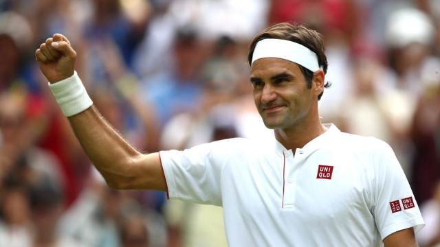 Roger Federer breezed into the third round (Getty)