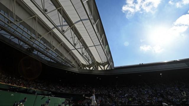 Rafael Nadal serves against Juan Martin del Potro at Wimbledon. (Getty)