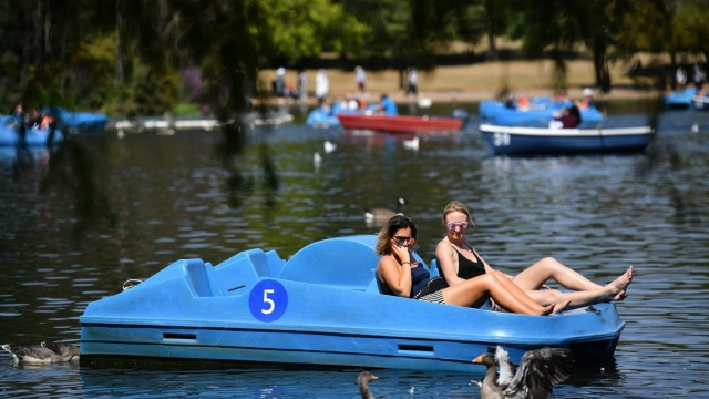 What is happening to the heatwave? (BEN STANSALL/AFP/Getty Images)