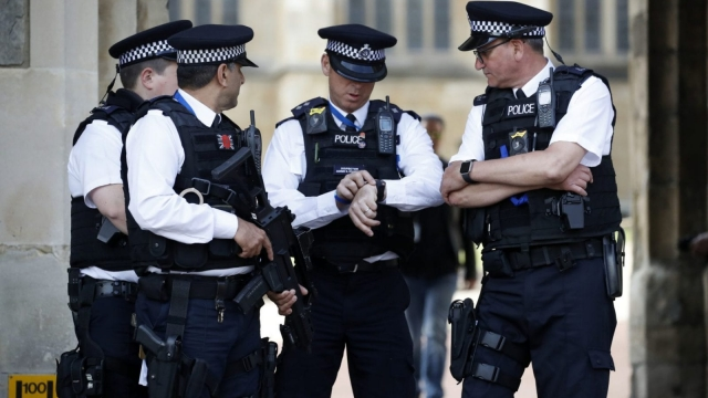 10,000 police officers have a second job. (ODD ANDERSEN/AFP/Getty Images)