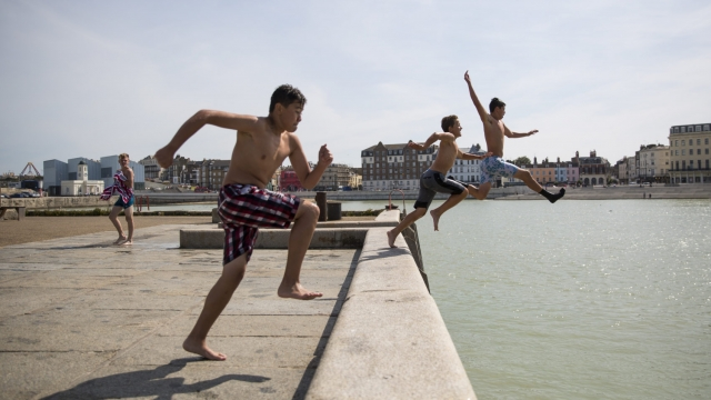 Article thumbnail: Shop around before you take the plunge when buying a holiday (photo: Jack Taylor/Getty Images)
