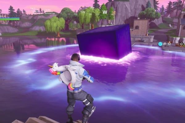 FORNITE cube loot lake screenshot epic games