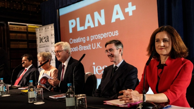 (2ndL-R) Former Labour MP Gisela Stuart, former Brexit Secretary David Davis MP, Jacob Rees-Mogg MP and former Secretary of State for Northern Ireland Theresa Villiers MP attend an Institute of Economic Affairs (IEA) panel discussion to launch their latest Brexit report (Getty Images)