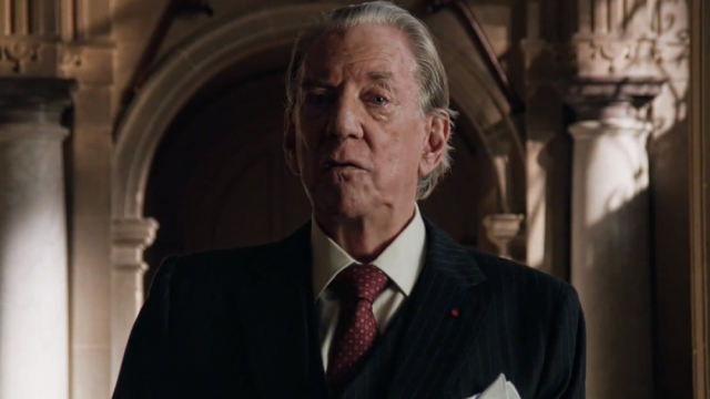 Donald Sutherland as John Paul Getty in Trust (Photo: FX)