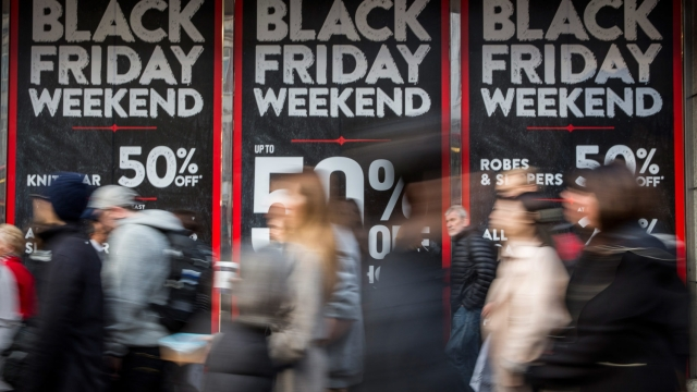 Banks and retailers should do more more to prevent impulsive spending on Black Friday, the Money and Mental Health Policy Institute believes (Photo: Rob Stothard/Getty Images)