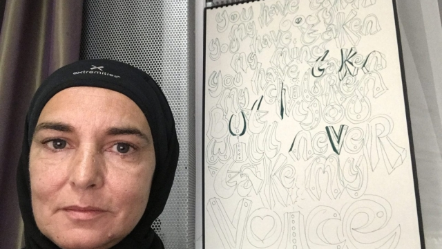 Sinead O'Connor posted a number of photos of herself in hijab (Photo: Twitter/MagdaDavitt77)