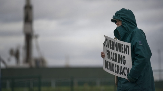 A protester at Cuadrilla's shale gas fracking drilling rig (Photo: Christopher Furlong/Getty Images)