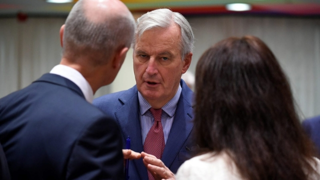 Chief EU negotiator for Brexit, Michel Barnier (C) talks with Dutch Foreign minister Bert Koenders (L) prior to a Foreign Affairs council meeting on Brexit at the European Council in Brussels on November 19, 2018. (Photo by JOHN THYS / AFP) (Photo credit should read JOHN THYS/AFP/Getty Images)
