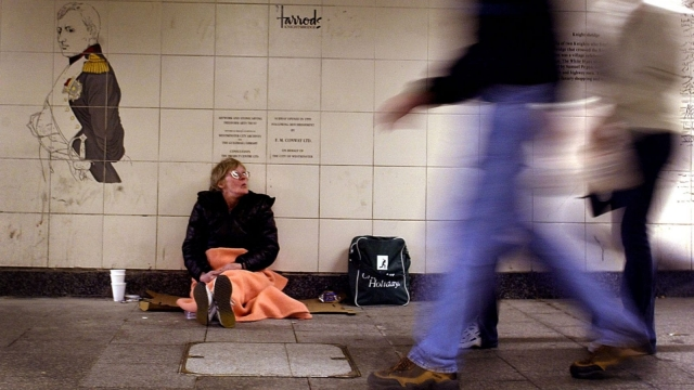 There are almost 25,000 homeless people in the UK (Getty)