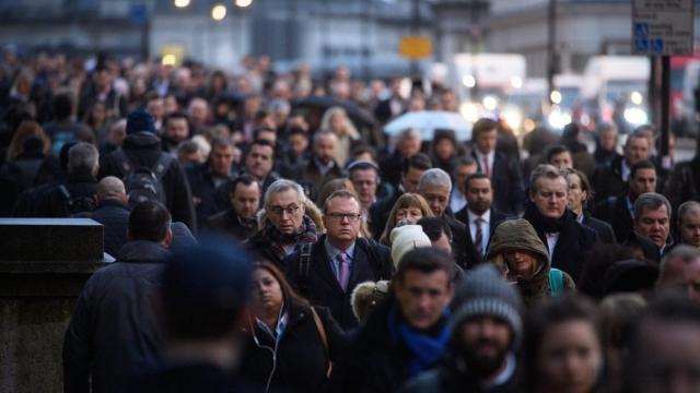 Commuters face longer travel times