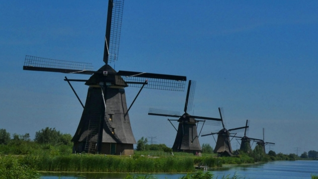 Article thumbnail: The Kinderdijk Mills have been a Unesco world heritage site since 1997 (Photo: Pixabay)