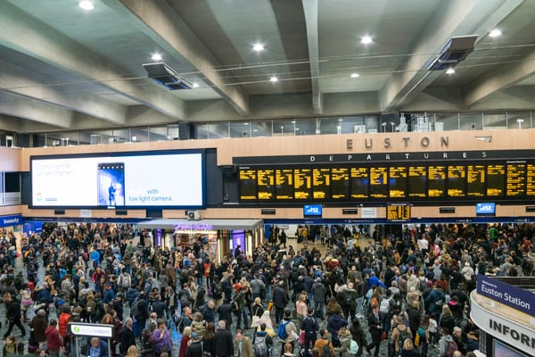 Engineering works will take place from 22 December 2018 to 2 January 2019, bringing chaos to commuters (Photo: Shutterstock)