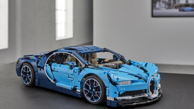 Lego Technic Bugatti Chiron review